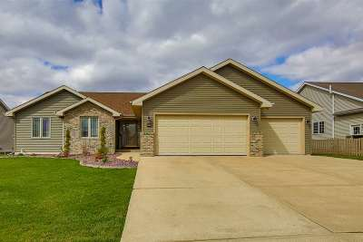 Rock County Single Family Home For Sale: 4009 Sandhill Dr