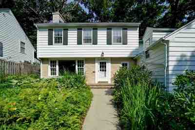 Madison Single Family Home For Sale: 4128 Hiawatha Dr