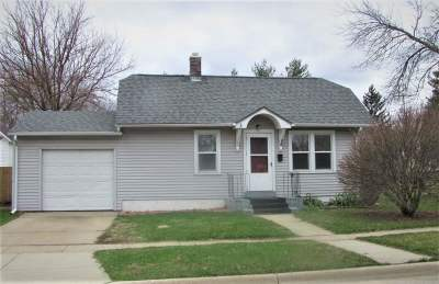 Beloit Single Family Home For Sale: 654 McKinley Ave