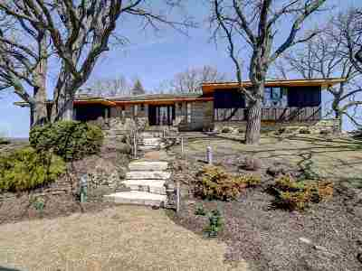 Jefferson County Single Family Home For Sale: W6770 Pond Rd