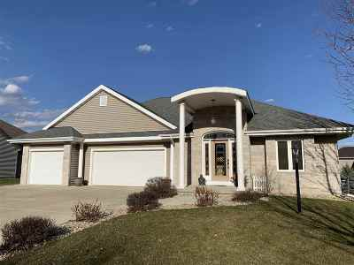 Prairie Du Sac WI Single Family Home For Sale: $405,000
