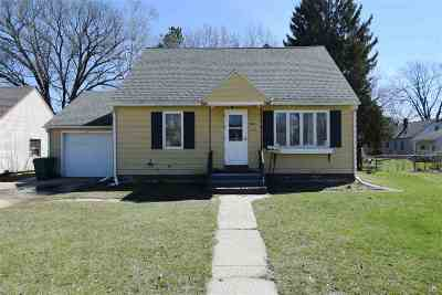 Sauk County Single Family Home For Sale: 516 N Willow St