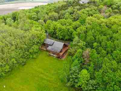 Dane County Single Family Home For Sale: 7920 Bowman Rd