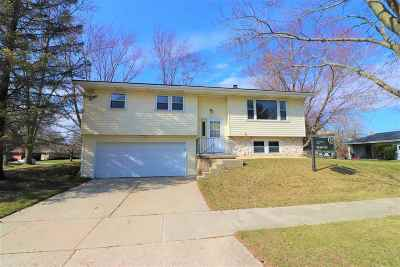 Madison Single Family Home For Sale: 21 Hoff Ct