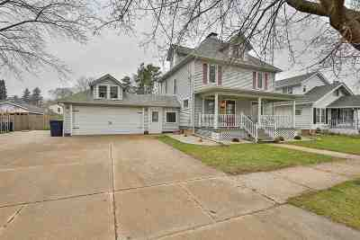 Rock County Single Family Home For Sale: 735 Prairie Ave