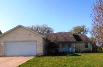 Rock County Single Family Home For Auction: 3440 Sheffield Dr
