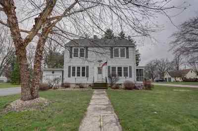 Deerfield Single Family Home For Sale: 13 Liberty St