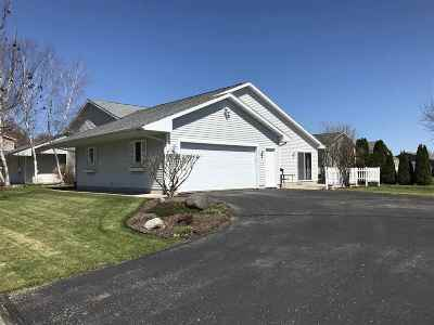 Columbia County Single Family Home For Sale: 204 Sunrise Ln