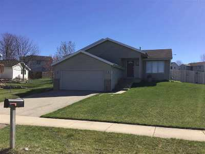 Dane County Single Family Home For Sale: 3059 Bradbury Rd