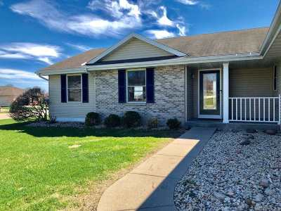 Rock County Single Family Home For Sale: 3900 Labrador