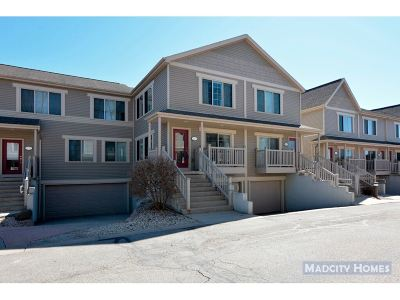 Middleton Condo/Townhouse For Sale: 5229 Frisco Ct
