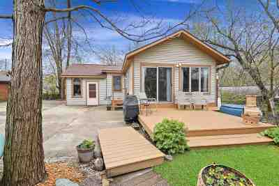 Madison Single Family Home For Sale: 107 Riverside Dr
