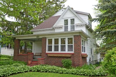Mount Horeb Single Family Home For Sale: 211 S 2nd St