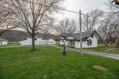 Rock County Single Family Home For Sale: 3026 S Riverside Dr