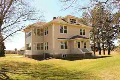 Stoughton Single Family Home For Sale: 9927 W Stebbinsville Rd