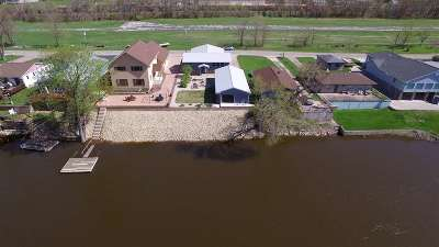 Cassville Single Family Home For Sale: 1302 Jack Oak Rd
