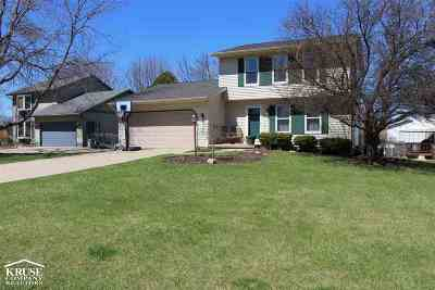 Fitchburg Single Family Home For Sale: 5814 Chester Cir