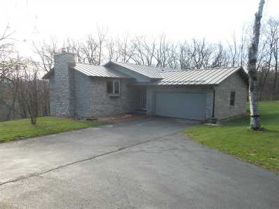 Mount Horeb Single Family Home For Sale: 2516 Lunde Ln