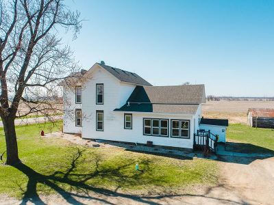 Evansville Single Family Home For Sale: 6215 N County Road M