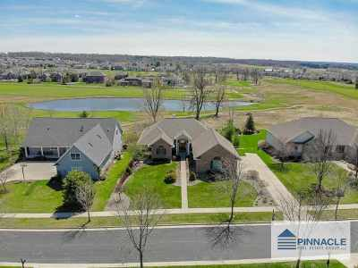Verona Single Family Home For Sale: 9705 Hill Creek Dr