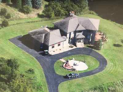 Columbia County Single Family Home For Sale: N3624 Sky High Rd