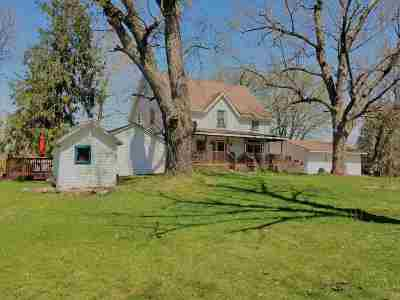 Pardeeville Single Family Home For Sale: W7029 Hwy 16