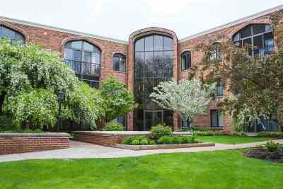 Madison Condo/Townhouse For Sale: 6302 Mineral Point Rd #301