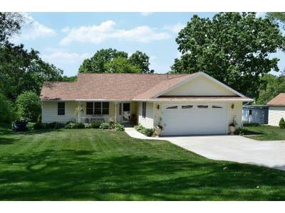 Edgerton Single Family Home For Sale: 9249 N Arrowhead Shores Rd