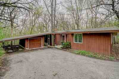 Middleton Single Family Home For Sale: 3706 Deerpath Rd