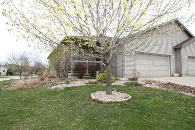 Prairie Du Sac Single Family Home For Sale: 718 21st St