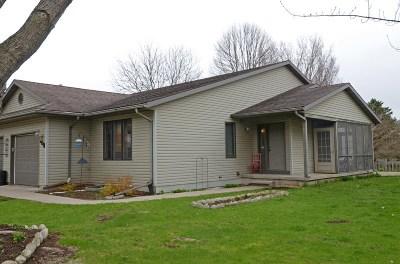 Lodi Single Family Home For Sale: 708 Meadowview Ln
