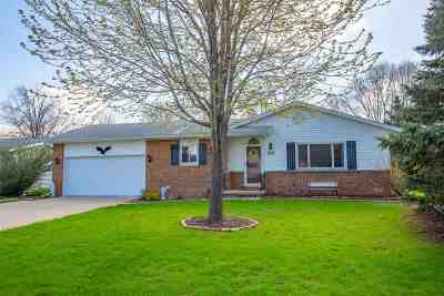 Sun Prairie Single Family Home For Sale: 509 Spahn Cir