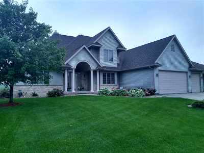 Waunakee Single Family Home For Sale: 1416 Spahn Dr