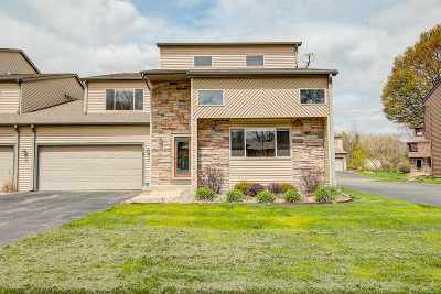 Waunakee Condo/Townhouse For Sale: 507 Knightsbridge Rd