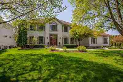 Fitchburg Single Family Home For Sale: 5849 Scarlet Dr