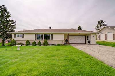 Mount Horeb Single Family Home For Sale: 8683 Mineral Point Rd