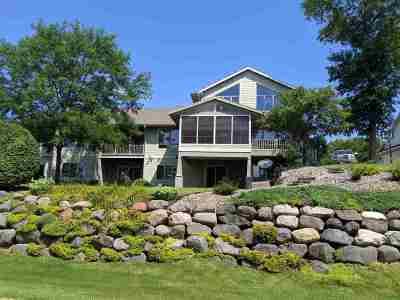 Sauk County Single Family Home For Sale: E12223 Timber Ridge Tr
