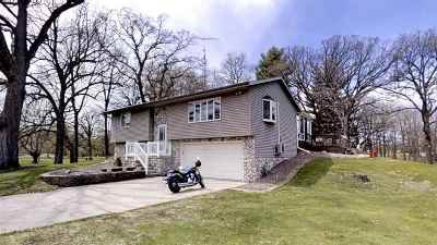 Dodge County Single Family Home For Sale: W7560 Hillendale Pky