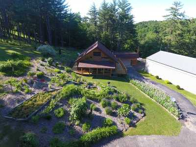 Richland Center Single Family Home For Sale: 26401 Section Hollow Ln