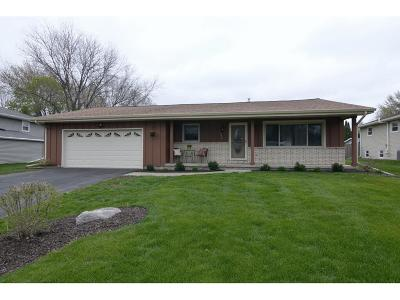 Waunakee Single Family Home For Sale: 104 Kensington Ln