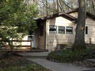 Wisconsin Dells Single Family Home For Sale: W1803 Juneau Woods Rd