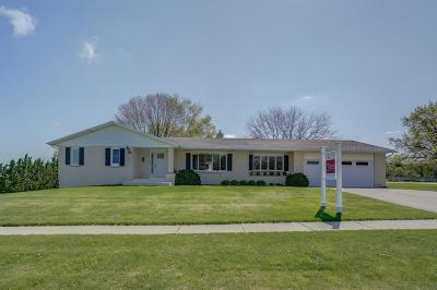Mount Horeb Single Family Home For Sale: 107 Perimeter Rd
