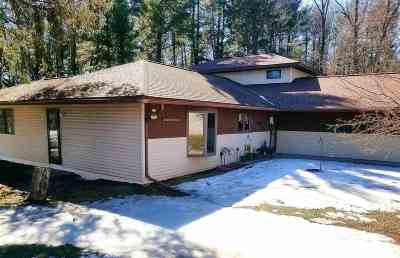 Baraboo Single Family Home For Sale: S3065 County Road Bd