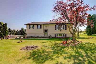 Sun Prairie Single Family Home For Sale: 6754 Vale Rd