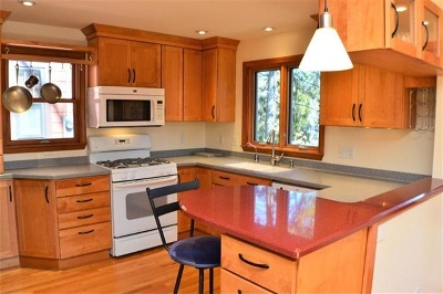 Madison Single Family Home For Sale: 618 Chapman St