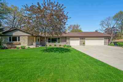 Monona Single Family Home For Sale: 5513 McKenna Rd