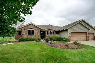 Cottage Grove Single Family Home For Sale: 309 Southing Grange