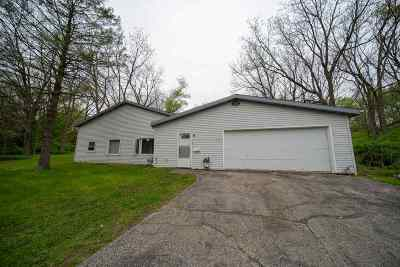 Fitchburg Single Family Home For Sale: 2925 Glacier Valley Rd