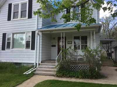 Baraboo Single Family Home For Sale: 504 8th Ave