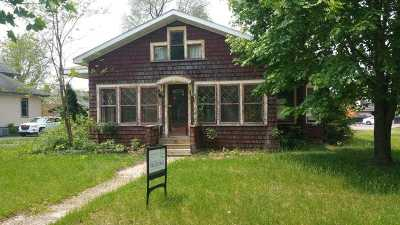 Adams Single Family Home For Sale: 229 S Grant St